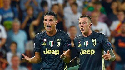 Ronaldo đồng ý đóng phạt gần 500 tỉ đồng để khỏi đi tù