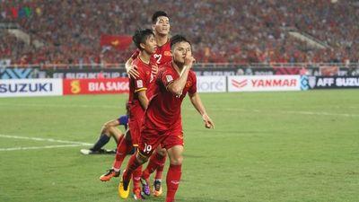 Clip: Kỹ năng sút phạt được ví với siêu sao Messi của Quang Hải