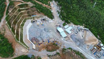 Hầm đường bộ đèo Cù Mông đã được bàn tay người Việt xây dựng như thế nào ?