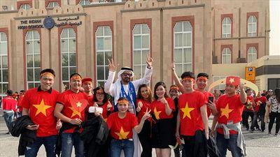 Không khí hừng hực tại Dubai trước trận đấu Việt Nam vs Nhật Bản