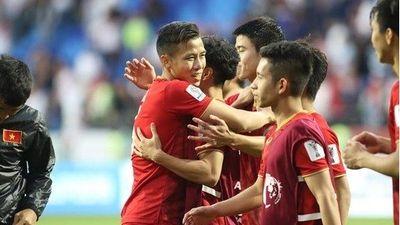 HLV Anh: 'Thắng hay thua, tuyển Việt Nam vẫn là vua Đông Nam Á'