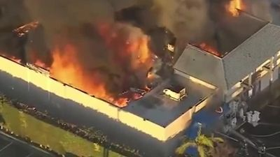 Cháy lớn tại khu thương xá Phước Lộc Thọ của người Việt ở Mỹ