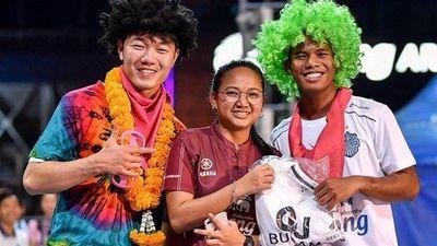 Có lượng fan khủng, Xuân Trường khiến báo chí Thái Lan ngỡ ngàng