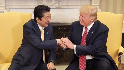 Thủ tướng Nhật nói gì về việc đề cử ông Trump nhận giải Nobel hòa bình?
