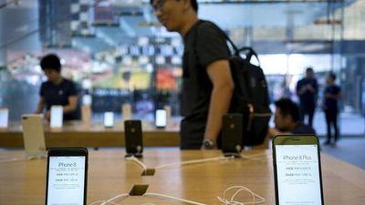 Bất chất giảm giá, iPhone vẫn gặp khó tại Trung Quốc