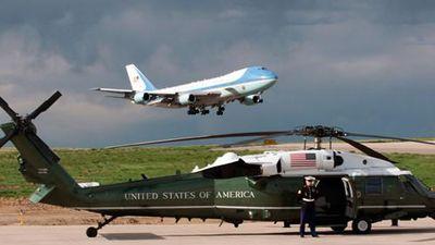 Khám phá 'taxi bay' Marine One của ông Trump vừa đến Nội Bài