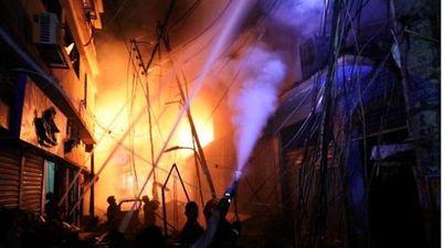 Cháy kinh hoàng tại phố cổ Bangladesh, 60 người thiệt mạng