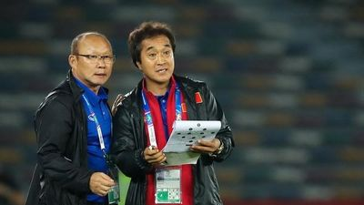 HLV Park Hang-seo muốn trợ lý Lee dẫn dắt một đội tuyển Việt Nam