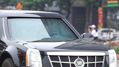 Clip: Cận cảnh 'Quái thú' của Tổng thống Donald Trump lăn bánh tại Hà Nội