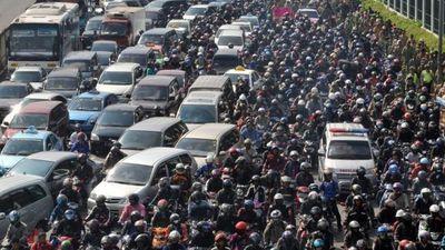 Cảnh tắc nghẽn ngộp thở của những 'thiên đường xe máy' thế giới