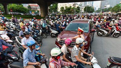 Hà Nội nghiên cứu thí điểm hạn chế xe máy trên 6 tuyến đường, khu vực