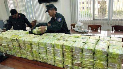 Triệt phá đường dây ma túy cực lớn, thu hơn 300 kg ma túy đá