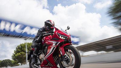 Honda ra mắt loạt xe môtô mới tại Việt Nam, giá từ 187 triệu