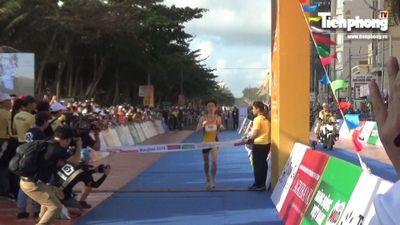 Khoảng khắc đáng nhớ ở đích đến Tiền Phong Marathon 2019