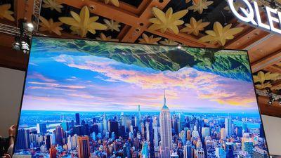 Samsung mang TV QLED 8K lớn nhất thế giới về Đông Nam Á