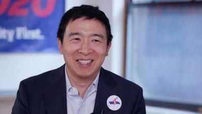 Chân dung doanh nhân hứa chia tiền cho người dân nếu đắc cử TT Mỹ