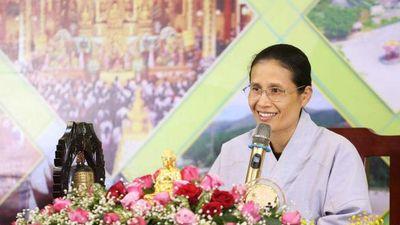 'Cô Yến' chùa Ba Vàng từ chối xin lỗi gia đình nữ sinh giao gà