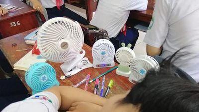 Chiêu tránh nóng 'bá đạo' thời 4.0 của hội học sinh