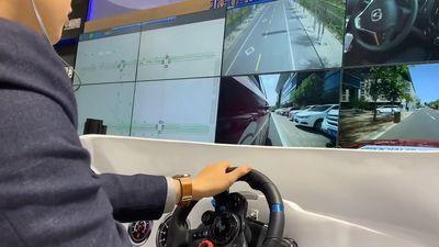 Tài xế đã có thể ngồi ở nhà, lái xe từ xa nhờ mạng 5G