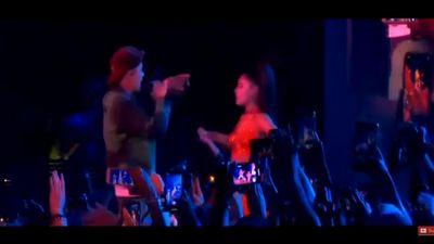 Sân khấu 'bùng nổ' nhất hôm nay ở Coachella: Justin Bieber và Ariana Grande bất ngờ song ca 'siêu hit' Sorry