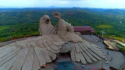 Tận mục tác phẩm điêu khắc chim lớn nhất thế giới