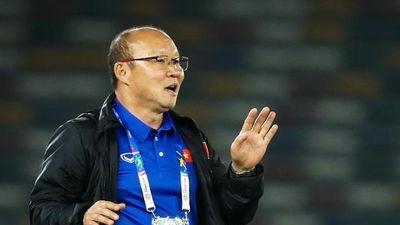 HLV Park Hang-seo có thể ra nước ngoài kiểm tra cầu thủ Việt kiều