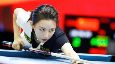 Những đường cơ ảo diệu của nữ hoàng billiards Trung Quốc