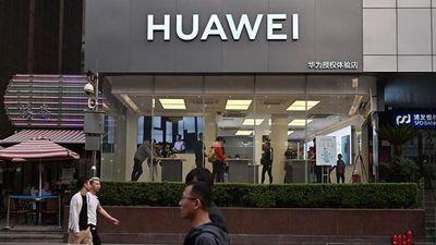 Người dùng 'dế' Huawei tại Việt Nam lo ngại trước cú sốc từ Google