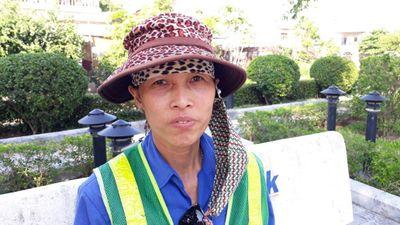 Cô chủ shop quần áo đến nhà xin lỗi cô lao công vì trẻ người non dạ