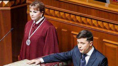 Tổng thống Ukraine Zelensky tuyên thệ nhậm chức