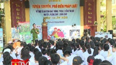 Tuyên truyền phổ biến giáo dục pháp luật cho học sinh pường Láng Thượng