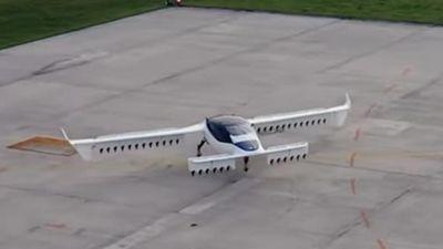 Taxi bay thử nghiệm thành công tại Đức