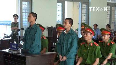 28 năm tù cho các đối tượng hủy hoại tài sản tại Bình Thuận