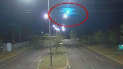 Thiên thạch màu xanh bí ẩn lóe sáng trên bầu trời ở Australia