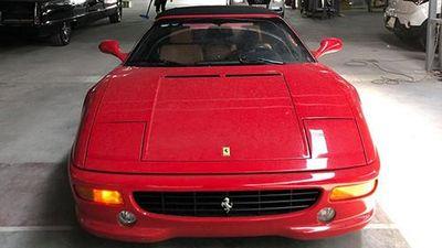 Cận cảnh siêu xe Ferrari F355 Spider cấm nhập vào Việt Nam