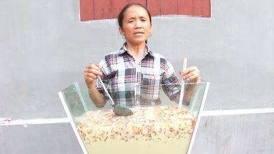 Video làm cốc trà sữa 'khổng lồ' hút 5 triệu view của Bà Tân Vlog