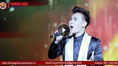 Nam ca sĩ Nguyên Vũ đem làn gió mới đến Diễn đàn Thương hiệu Việt Nam lần thứ I