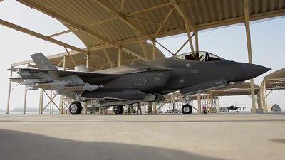 Hai tiên kích F-35 của Mỹ thị uy tại Trung Đông