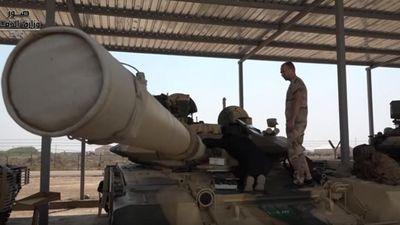 Clip: Thăm lữ đoàn tăng T-90S của quốc gia mua cùng đợt với Việt Nam
