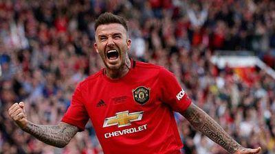 CLIP: Beckham lập công, huyền thoại M.U 'vùi dập' huyền thoại Bayern