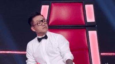 Khoảnh khắc Tuấn Hưng tức giận rời ghế nóng The Voice vì thua Thanh Hà