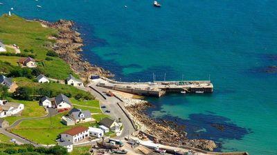 Đảo đẹp như tranh của Ireland ngỏ lời mời người Australia tới ở