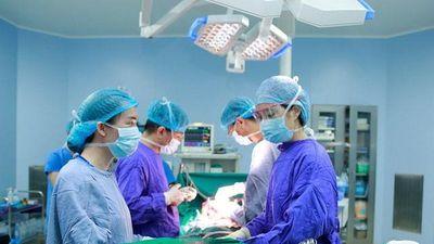 Bác sĩ bệnh viện 108 cắt bỏ thành công khối u khổng lồ chưa từng có