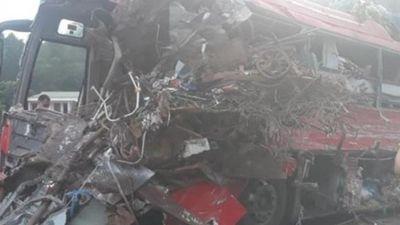 Vụ tai nạn xe khách thảm khốc ở Hòa Bình: Thông tin 'lạ'