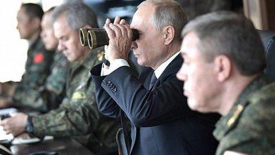 Nhận lệnh ông Putin, lực lượng vũ trang Nga sẵn sàng chiến đấu