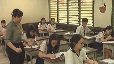 CLIP: Thí sinh làm bài chậm 30 phút vì lỗi hy hữu