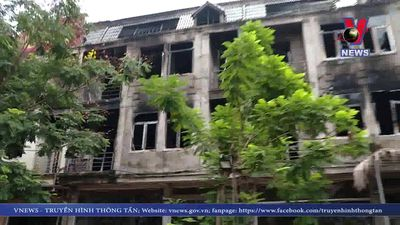 Cháy nhà hàng khu vực Thiên đường Bảo Sơn