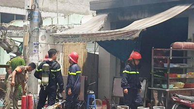 Cháy nhà sau tiếng nổ ở Sài Gòn, một người bị thương