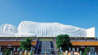 Tượng Phật trên mái nhà nằm ở tỉnh nào của Việt Nam?