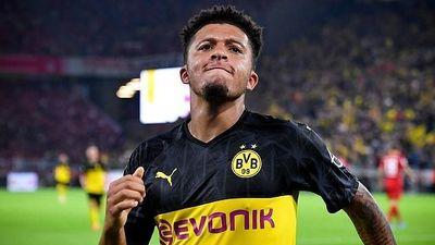 Dortmund 'trói chân' cầu thủ 19 tuổi bằng mức lương khó tin